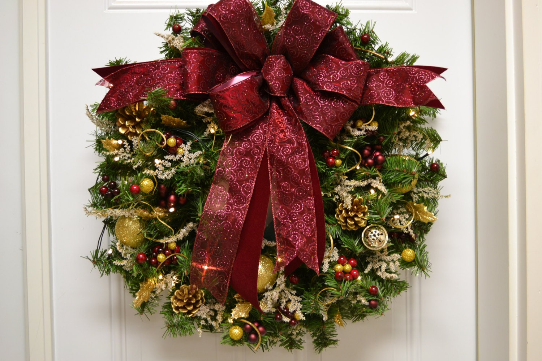 christmas wreath artificial pre lit led timered by. Black Bedroom Furniture Sets. Home Design Ideas