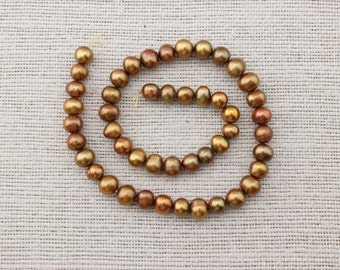 ETS-Z058 Freshwater Pearl, Loose Pearl Bead, Gold 8-9mm Potato Pearl,  pearl string, pearl necklace strand, 1 strand