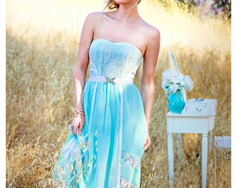 Beautiful Vintage Inspired Long Lace Dress in Mint