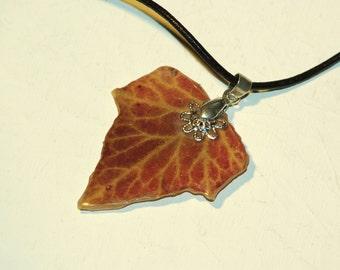 Pendant necklace plant Ivy
