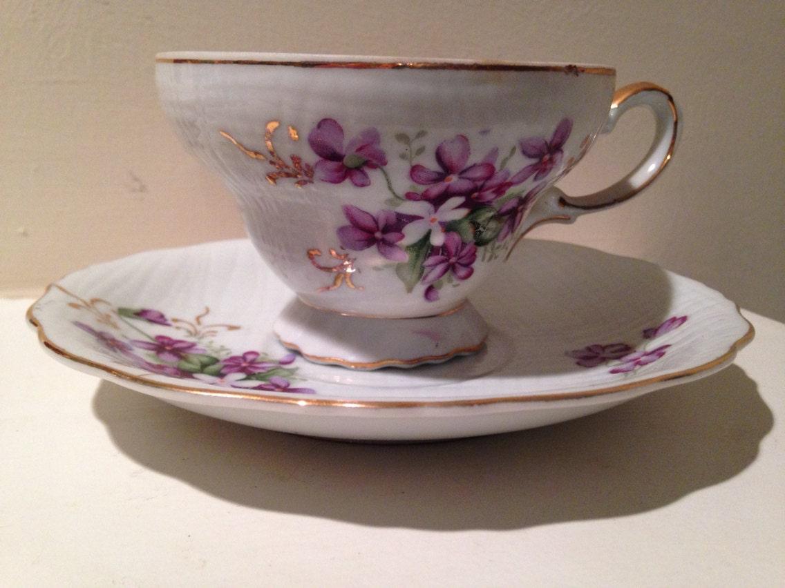 vintage unmarked tea cup and saucer set. Black Bedroom Furniture Sets. Home Design Ideas