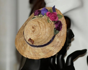 Ref.16/  Vintage Flowered straw doll's hat silk satin flowers.