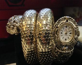 Vintage Ladies Snake Coil Waltham 17 Jewel Watch Bracelet