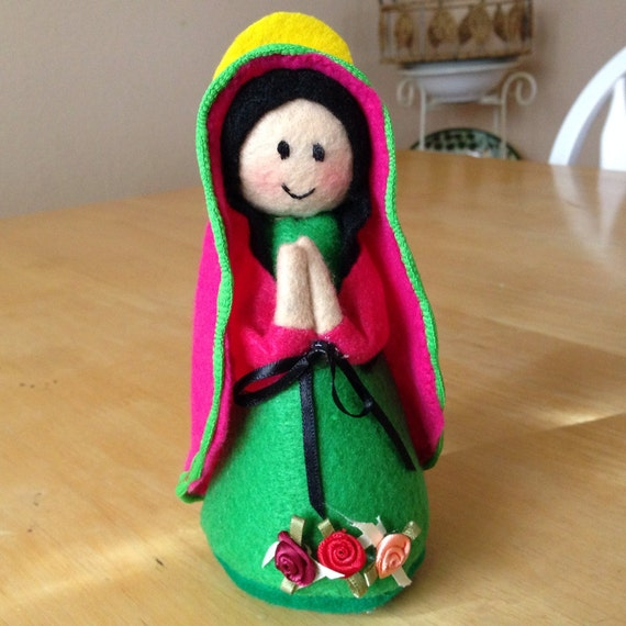 Felt Santitos (Handcrafted Felt Holy Saints) - Virgen de Guadalupe (Virgin of Guadalupe)
