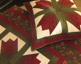 Bed of Flowers Patchwork Quilt, Cardinal Red, Cream and Green