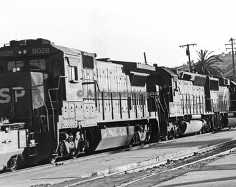 Southern Pacific 39 8E Locomotive - Photographic print - wall art - black white - vintage -Home Decor