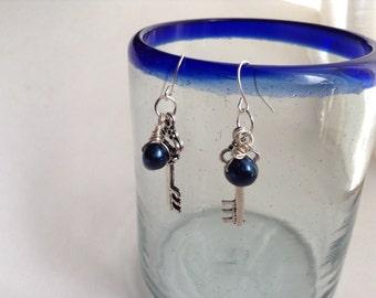 Steampunk Skeleton Key Earrings with Black Pearls