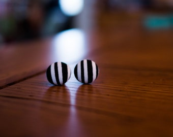 """Vintage Style Black and White Striped Fabric Covered Button Earrings, Black and White Stripes,Retro Stud Earrings, Fabric Button Posts(5/8"""")"""
