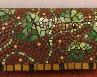 Mosaic Mailbox Ivy on brown (free shipping)
