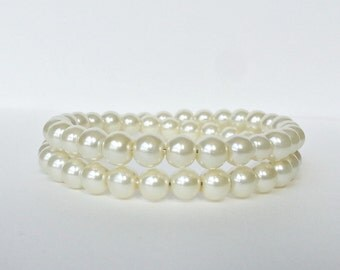 Pearl memory wire bracelet. Cream colored glass pearls. Wrap bracelet