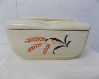 1940s Era Universal Cambridge Wheat Design Covered Rectangular Serving Set