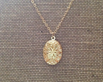 Itsby bitsy gold diffuser locket- Comes with Leather pads-Gold Filigree Locket-Aromatherapy