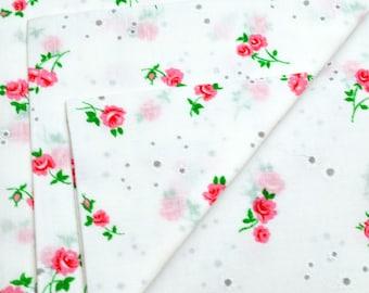 Napkins Roses on White Cotton Set of 4