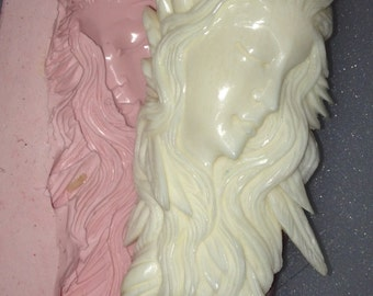 Spirit Goddess - Totem - Flowing Hair - Mould Mold - MR11