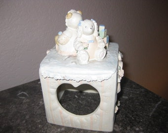 Sweet Little Vintage Photo Holder for Your Little One!