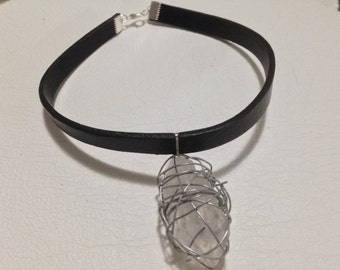 Leather Chocker With Wire Wrapped Quartz