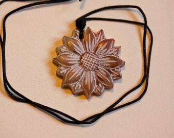 Flower Stone Carved Necklace