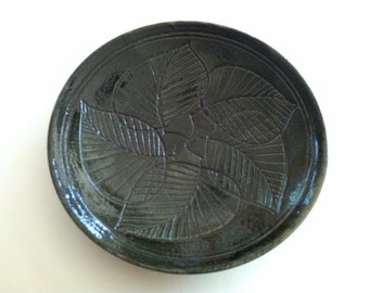 "Japanese ""Mashiko"" plate, Gingko Leaf design"