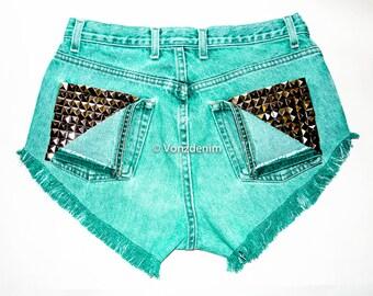 High Waisted Studded Shorts, Vintage Denim Shorts, High Rised Frayed Denim Shorts, Coachella Fashion, Green Denim Shorts, Plus Size Shorts