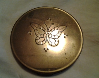 Vintage Lady Wilby compact
