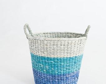 Newborn Prop Woven blue Basket
