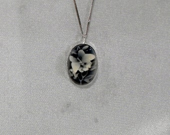 Acrylic Cameo and Sterling Silver Necklace - Cameo Necklace       (GS-412)