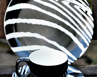 Midwinter Safari Trio cup, saucer and tea plate
