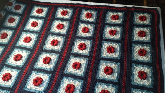 ... Rose pattern crocheted afghan for double bed or on top of queen size