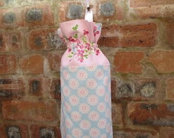 Plastic Carrier Bag Holder/Storage - Floral Design