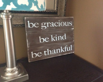 Be Thankful Wood Sign. Thankful Wood Pallet Sign. Reclaimed Wood Pallet Sign