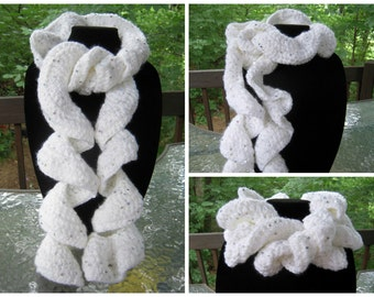 Crochet Ruffle Scarf - White Glitter