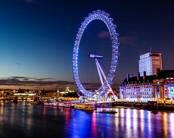 United Kingdom - London - London Eye and skyline in the night - SKU 0020