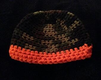 Crochet hat with stripe