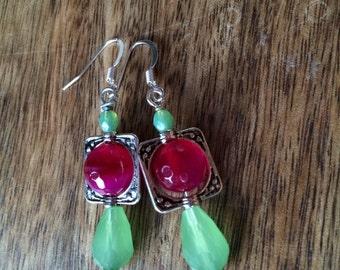 Mint and fuchsia beaded earrings