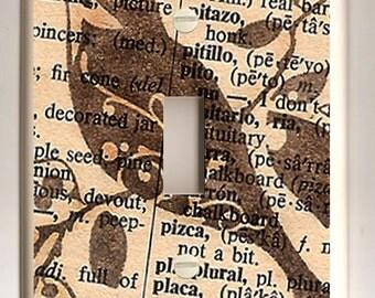 Brown Bird on Spanish Dictionary Single Light Switch Plate