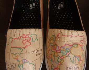 World Traveler shoes - women's size 5