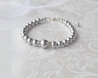 Gray Pearl Bracelet, Pearl and Crystal Bracelet, Grey Jewelry, Wedding Party Gift, Handmade Beaded Bracelet, Bridesmaid Jewelry