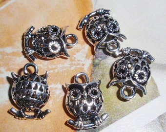 Hoot Owl Charms, Hollow, Antiqued Bright Silver