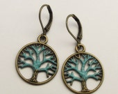 VERdigRis TRee eaRRiNGS on LevErbAck NicKle fReE fRE sHipPinG