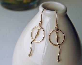 Gold Hoop Earrings with a Twist - Gold Filled