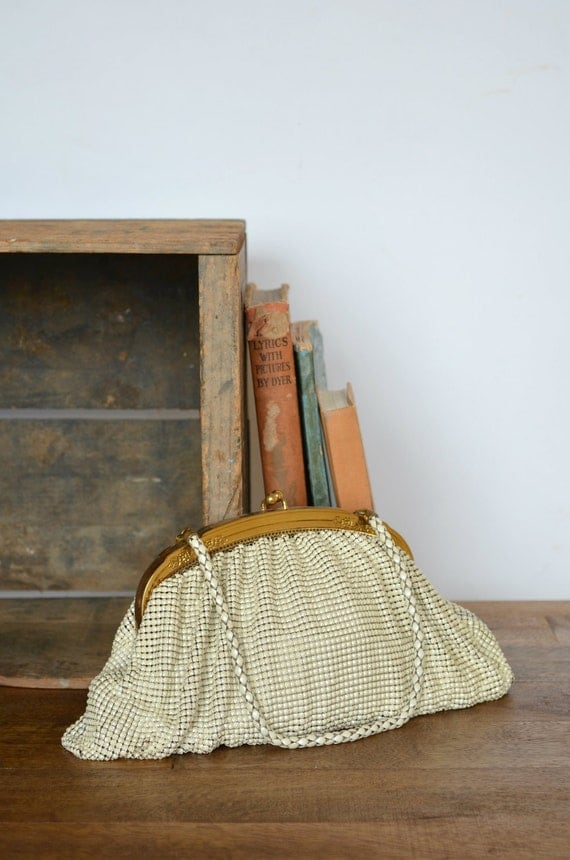 Vintage Whiting and Davis Purse --- 1940s Cream Mesh Handbag