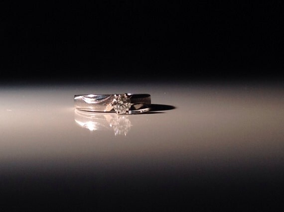 14 KT White Gold H, SI1, 1/3 ct Diamond Engagement Ring Size 5.25