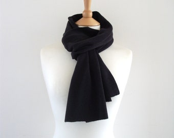 Knitted Cashmere Scarf - Dark Purple - Soft, Cosy