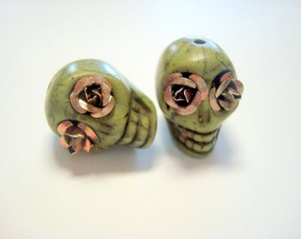 Coffee Rose Eyes Green  Howlite 18mm Sugar Skull Day of the Dead Beads