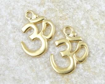 20 TierraCast Gold Om Pendants - Bright Gold Pendants - 22mm x 17mm Aum Yoga Supplies  (P772G)