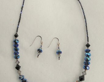 Sparkling Crystal Necklace Set in Black and Blues