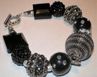 MODERN Chunky BLACK  WHITE Tuxedo Fashion Bracelet