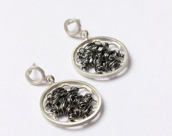 Entanglements Black  - Sterling silver and copper wire - Super lightweight - Wire wrapping - Tangle earrings