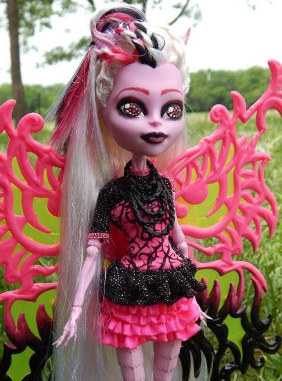 Items similar to monster high custom ooak repaint bonita - Monster high bonita ...