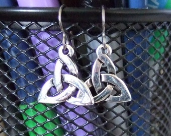 Celtic Trinity Knot Dangle Earrings Earings Titanium Ear Wires Hypo Allergenic Silver Plated Pewter Lead Free